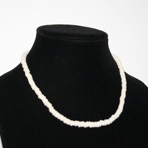 Vintage white stone necklace 17""